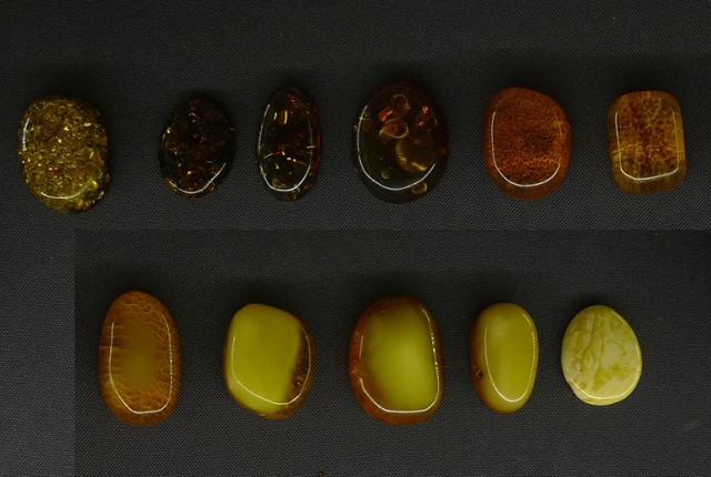 янтарь, образцы