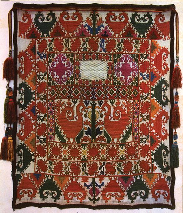 Лицевая занавеска (таджикская вышивка)