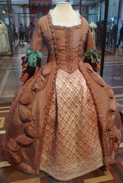 "Платье ""robe à française"""