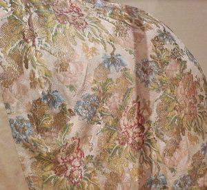 Шелковая ткань Лионской мануфактуры (художник Ж. Ревель)