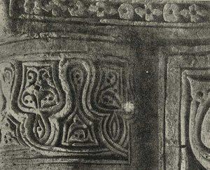 Термез. Дворец термезских правителей. Северо-западный угол восточного пилона. Деталь колонны