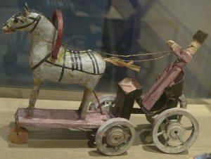 """Игрушка """"Пролетка с лошадью"""""""