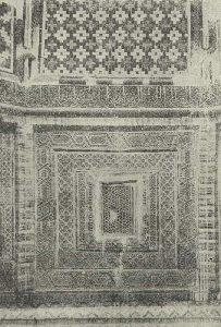 Самарканд. Шах-и-Зинда. Помещение рядом с гробницей Куссама-ибн-Аббаса. 1334-1335 гг. Деталь изразцовой облицовки