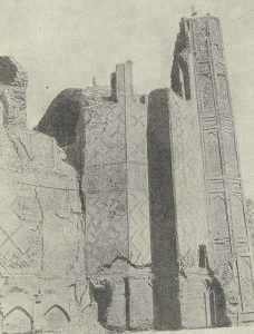 Самарканд. Мечеть Биби-Ханым. Боковой фасад Главной мечети
