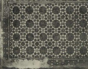 Изразцовое панно внутри мечети Ходжа-Зайнетдин в Бухаре