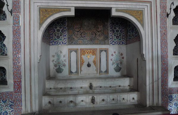 Интерьеры дворца Топкапы (Стамбул)