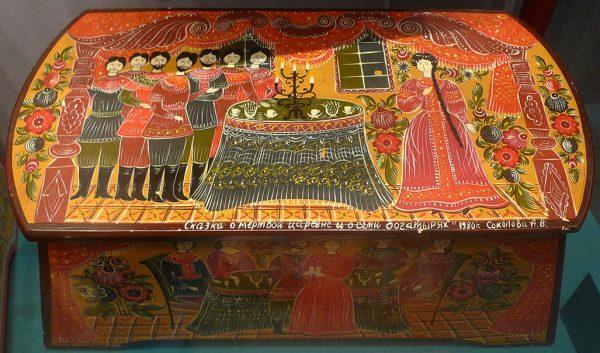 """Ларец """"Сказка о мертвой царевне и семи богатырях"""". А.В. Соколова. 1980 г."""
